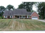 318 Maywood Dr New Franklin OH, 44319