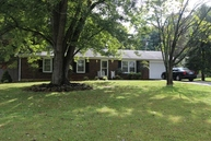 157 Meadow Hill Dr Bowling Green KY, 42104