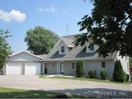 16776 Beechwood Lane Carlinville IL, 62626