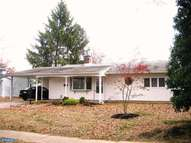 241 Thornridge Dr Levittown PA, 19054