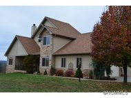 29 Bear Hollow Court Nebo NC, 28761