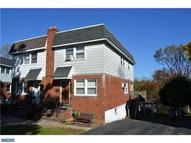 120 Crum Creek Dr Woodlyn PA, 19094