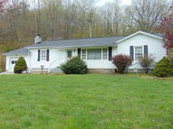 448 Old Lake City Hwy Rocky Top TN, 37769
