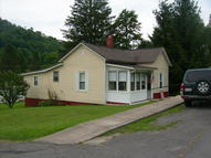 836 Cottonwood Pl Rainelle WV, 25962