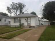 25036 Flower Avenue Eastpointe MI, 48021