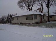 407 2nd Ave W Edgeley ND, 58433