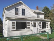 22 Jordon St Adams MA, 01220