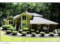 4506 Blagdon Ct Browns Summit NC, 27214