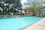 Live Oaks Apartments Baton Rouge LA, 70816