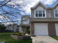 27 Saw Mill Dr Mount Laurel NJ, 08054