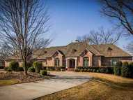 27 South Sechrest Circle Rogers AR, 72758