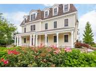 3952 Post Rd 1 Warwick RI, 02886