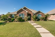 4309 Bluffview Dr Sachse TX, 75048