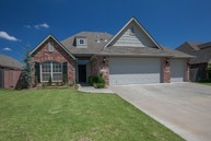 2304 W Quinton Street Broken Arrow OK, 74011