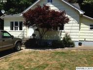 503 Young Woodburn OR, 97071