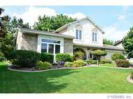 28 Amy Ln Greece NY, 14626
