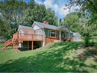 80 Youngs Cove Rd Candler NC, 28715
