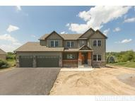 975 Woodview Ct Carver MN, 55315