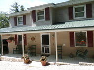 185 Wippercht Drive Spruce Pine NC, 28777