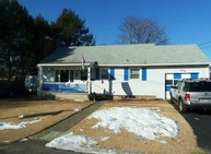 47 Hazel Ave Naugatuck CT, 06770