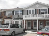 82-23 Country Pointe Cir Queens Village NY, 11427