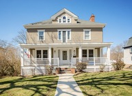 44 Oak St Westerly RI, 02891