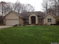 1166 Trails Edge Dr Hubbard OH, 44425