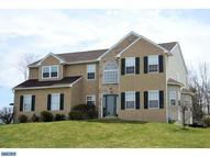 1533 Aspen Dr Pottstown PA, 19464
