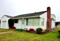 238 W Seventh Street Crescent City CA, 95531