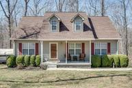 257 Harpeth Hills Dr Kingston Springs TN, 37082