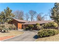 49 Cornell Dr Livingston NJ, 07039