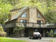 5 Picardy Ct Wappingers Falls NY, 12590