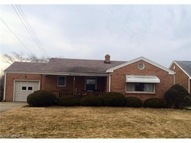 875 5th St Struthers OH, 44471