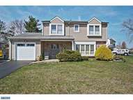 4 Kiernan Way Hamilton NJ, 08690