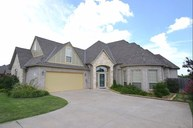 2921 Highland Glen Norman OK, 73069