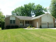 7356 Oakwood Dr Brookfield OH, 44403