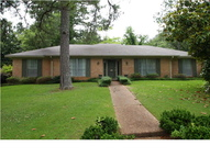 4421 Woodlark Dr Jackson MS, 39211