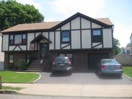 10 Arena Ct Elmwood Park NJ, 07407