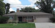 2704 S Marion Rd Sioux Falls SD, 57106