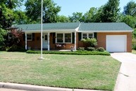 1212 Leslie Lane Norman OK, 73069