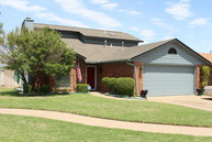 4804 Ne Columbia Avenue Lawton OK, 73507
