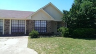 2701 Whitehurst Dr Fort Worth TX, 76133