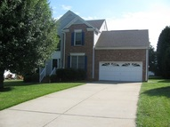 381 Kingsmill Dr Advance NC, 27006