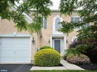 302 Arthur Ct Newtown Square PA, 19073