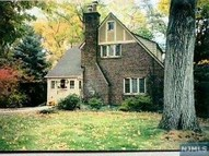 554 Summit Ave Oradell NJ, 07649