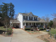 4949a Fox Hollow Dr Denver NC, 28037