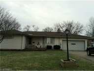 604 West Omar Struthers OH, 44471