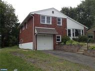 2913 Keenwood Rd Norristown PA, 19403
