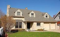 5943 N Lake Dr Whitefish Bay WI, 53217