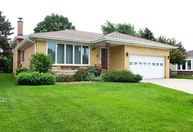 8145 North Susan Court Niles IL, 60714